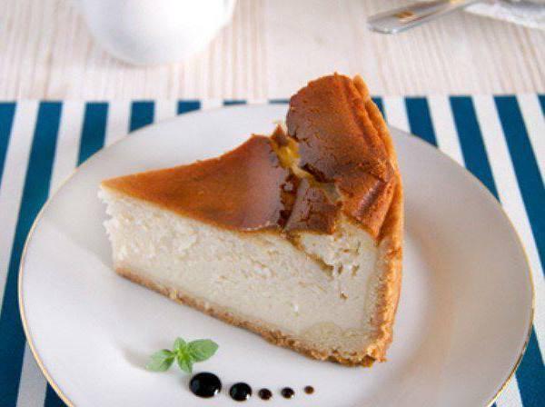 Кезекухен — творожный пирог с фруктами 1