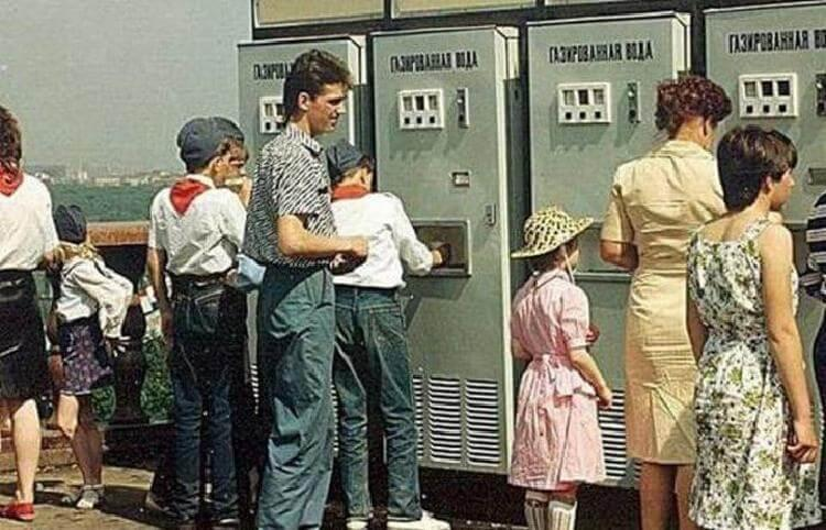 life-in-ussr_2_1530819788801-1041422