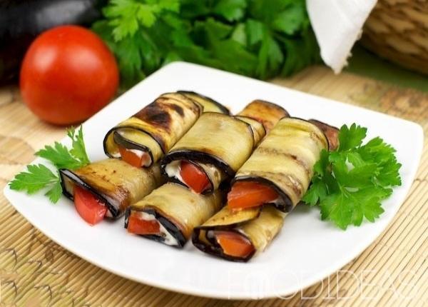 resized-ruleti-iz-baklazan-s-pomidorami-7665878