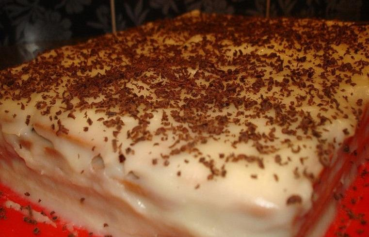 tort-iz-pechenya-s-bananom-na-skoruyu-ruku-7191164
